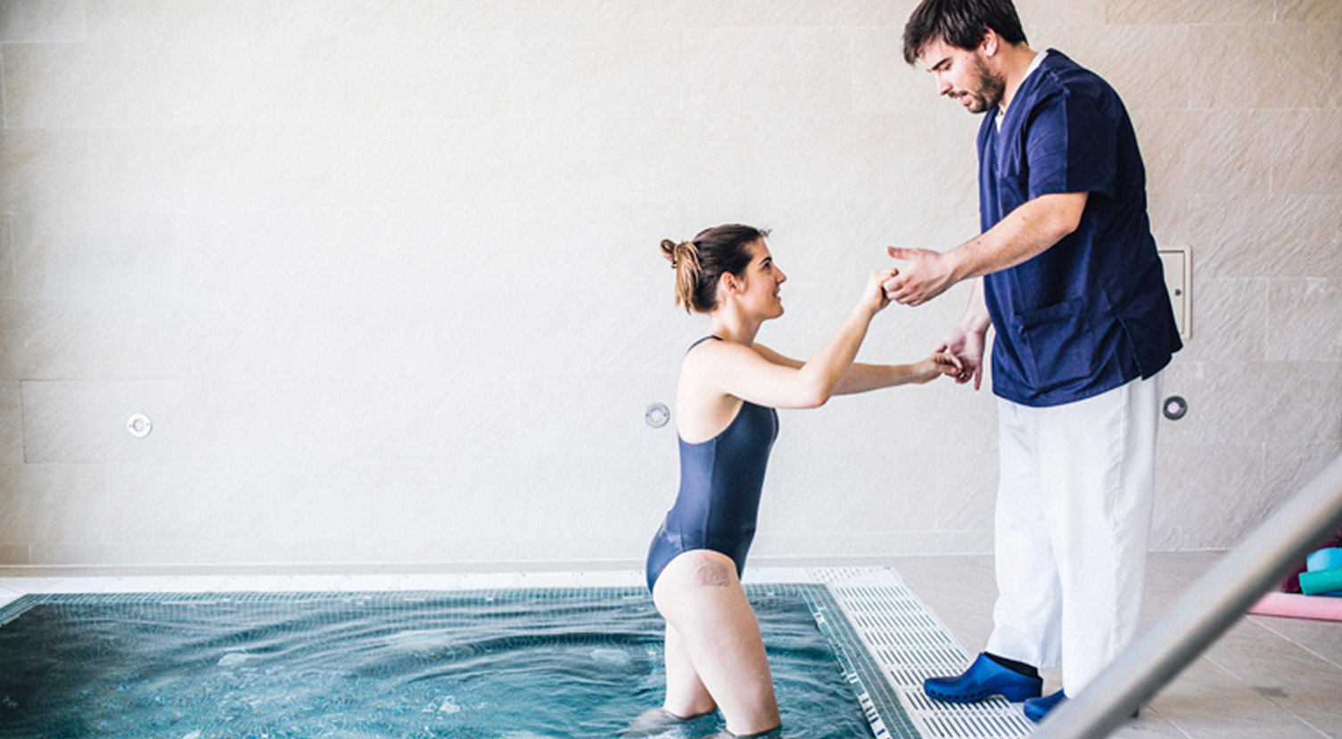 Una forma distinta de hacer fisioterapia rehabilitaci n for Rehabilitacion en piscina
